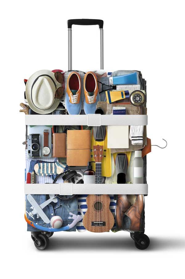 Bunt gepackter Koffer